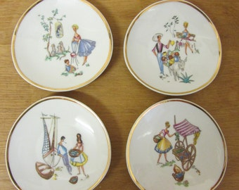 Set of 4 kitsch porcelain 1960s pin dishes/plates, gilt edging