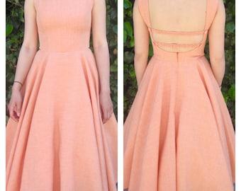 1950s dress / 50s dress / pinup dress / bridesmaid dress / Swing dress / fit and flare / Circle skirt / retro dress / midi dress