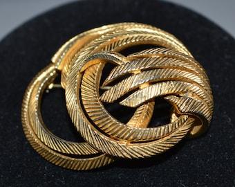 Vintage Castlecliff Pin Brooch Goldtone Swirl Style Brushed Goldtone Vintage Pin Brooch Castlecliff Jewelry Retro Pin Brooch Vintage Brooch