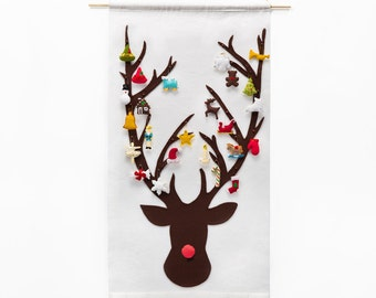 Christmas Advent Calendar Pattern - Wool Felt - Christmas Countdown - Reindeer with 24 Treasured Characters