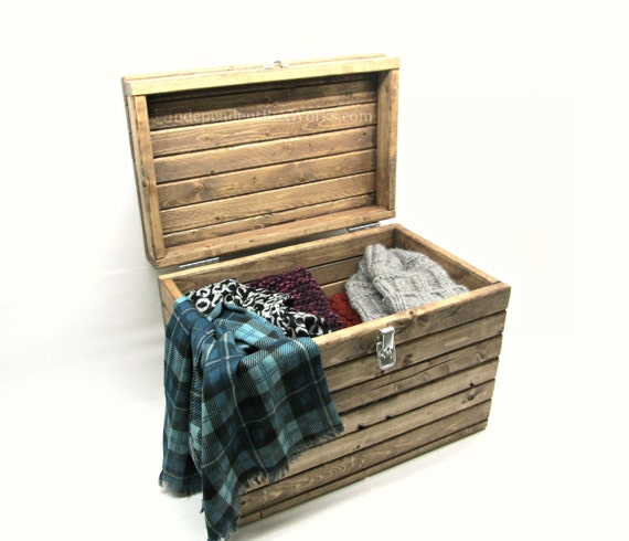 ... Wood Chest - Medium Accessory Trunk, Small Toy Box, Country Chic Box