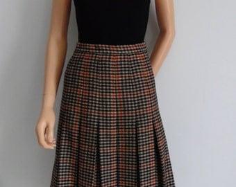 Plaid check tweed skirt, brown Gor-ray vintage pleated knee length, wool skirt, medium large