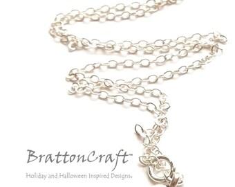 Small Silver Oak Leaf Necklace - Silver Leaf Necklace - Leaf Necklace - Nature Necklace - Epsteam