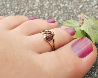 Ladybug Toe Ring, Ladybug Ring, Toe Jewelry, Foot Jewelry, Adjustable Toe Ring, Summer Body Jewelry, Tiny Ring, Adjustable Midi Ring TR109