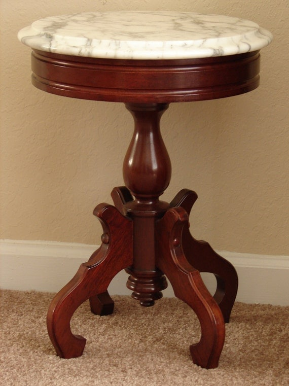 Solid Mahogany Victorian Style Occasional Table Or Stand With