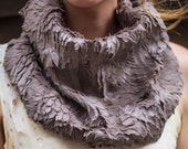For Simone, 2 pieces Feather fur encircle cowl neck wear scarf
