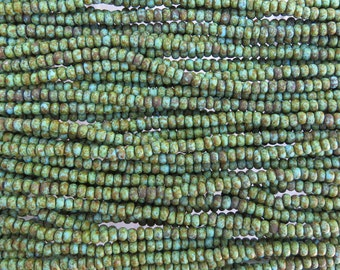 6/0 Matte Opaque Green Turquoise Picasso Czech Glass Seed Bead Strand (CW189)