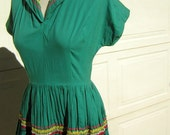 "Green Squaw Patio Party Dress - Festive Vintage 50s - Bust 38"" with Full Tiered Skirt - S"