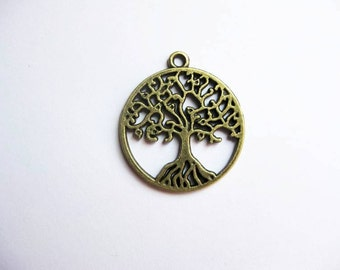 10 Round Tree Charms in Bronze Tone - C2170