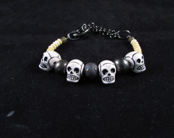 mens skull bracelet, gothic jewelry, mens bracelet, unisex bracelet, skull jewelry, adjustable bracelet, halloween jewelry, fathers day gift