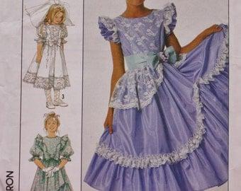 Girls Dress Sewing Pattern/ Simplicity 8520/Uncut /  Breast 30
