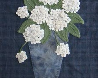 Pattern: Home Grown Wall Hanging by Primitive Gatherings