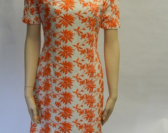 Maggi Stover Vintage Sheath with Orange Embroidered floral print / 60's Sheath