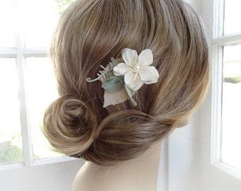 bridesmaid hair clip, ivory flower hair clip, bridal hair piece, sage green bridesmaid, floral hair pin, wedding headpiece, flower girl hair