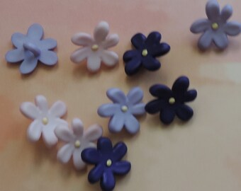 """Violet Flower Buttons, Package Assortment """"Violets"""" by Buttons Galore Style 4260 Spring Collection, Sewing, Crafting, Shank Back Buttons"""