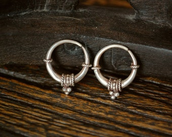 Small Ethnic Tribal Hoop Earrings with pretty Dotwork