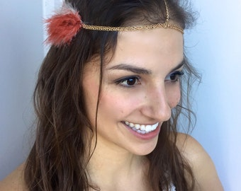Boho Head Chain - Bohemian Headpiece w/ Feathers on Gold Chain - Music Festival Hanging Adjustable Hair Piece (Coral & Cream)