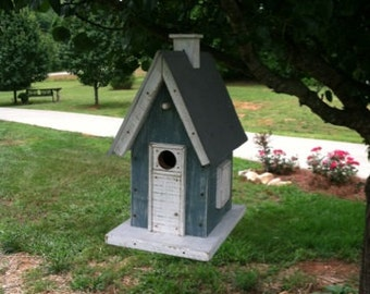 Bluebird house/small birds, ideal for hanging or post, blue/gray, made from reclaimed wood/tin, durable, rustic, easy cleanout, vintage