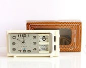 Vintage alarm clock Flip calendar clock NEW OLD STOCK Nos Diamond Shanghai China 1970's retro clock mechanical wind up desk clock