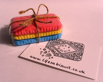 Nice Biscuit Magnet Set