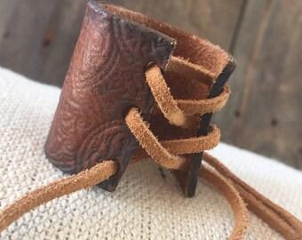 Corset Style Pony Wrap