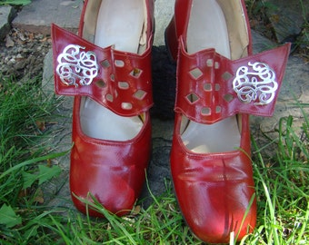 Vintage Red Gaymode Shoes