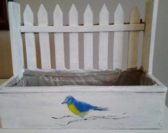 Planter:  Lined Picket Fence Planter with bird