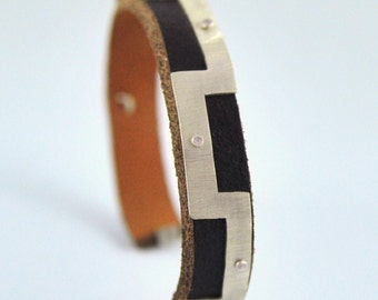 Ola bracelet, silver and leather