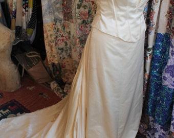 Wedding dress in 3 parts REF 239