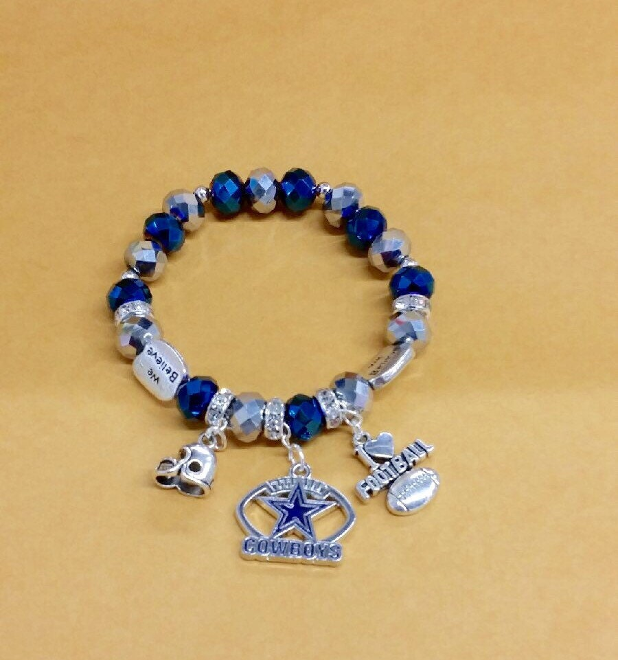 dallas cowboys charm bracelet dallas cowboys charm bracelet by toshiesjewelry on etsy 3572