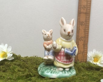 Cute Vintage Ceramic Mother and Child Rabbits Figurine.