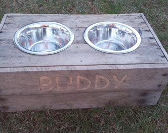 Personalized medium dog food bowl stand, reclaimed wood, custom build pallet wood food stand, upgraded puppy paw print bowls