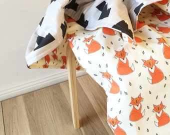Modern crib blanket. Reversible modern cot quilt. Mr Fox and mountains. Woodland fox baby bedding
