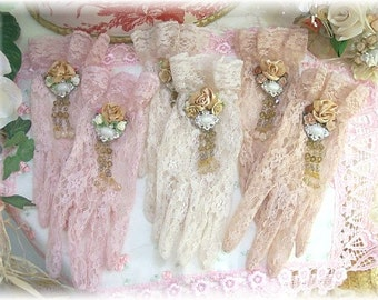 Lace Gloves in 3 Colors, gorgeous!! Details are so intricate!!