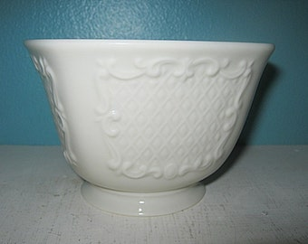 Lenox China Cream Colored Small Square Bowl, Candy Or Nut Bowl, Trinket Dish