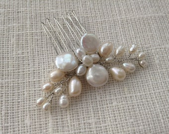 Delicate freshwater pearl hair comb, bridal hair comb, wedding hair comb, bridal accessories, bridal headpiece, wedding hair piece