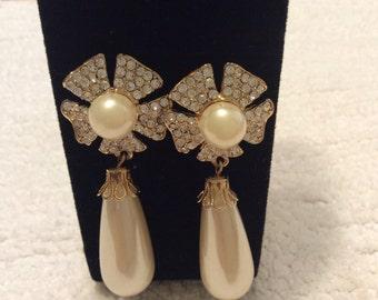 Vintage bridal wedding pierced pearl earrings faux pearl earrings drop pearls earrings wedding pearls jewelry formal earrings rhinestones