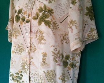 Vintage Laura Ashley Semi-Sheer 100%Silk Ecru Floral & Shakespeare's Sonnet Writing Design Button-Up Short Sleeve Blouse Top Size 8-10