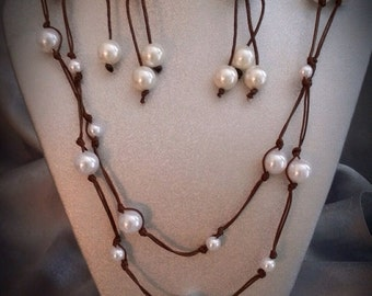 Pearl and leather like necklace set