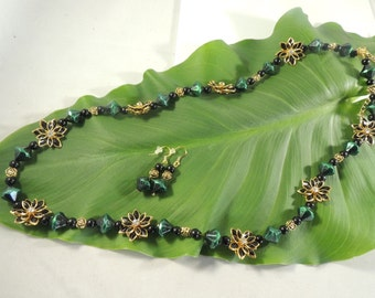 Green, black and gold necklace and earring set