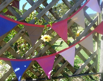 Beautiful double sided pure linen bunting, 15 trianges, 3 metres long.
