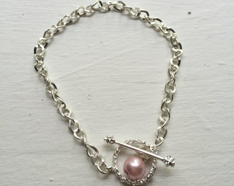 Chain Bracelet with Pearl Accent