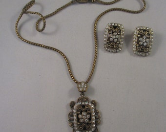 Vintage Art Deco Rhinestone Necklace and matching clip on earrings