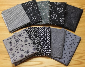Pack of 10 Fat Quarters- Black