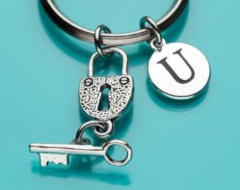 Heart and Key Locket Keychain, Heart and Key Locket Key Ring, Romantic Gift, Personalized Keychain, Custom Keychain, Charm Keychain, 391