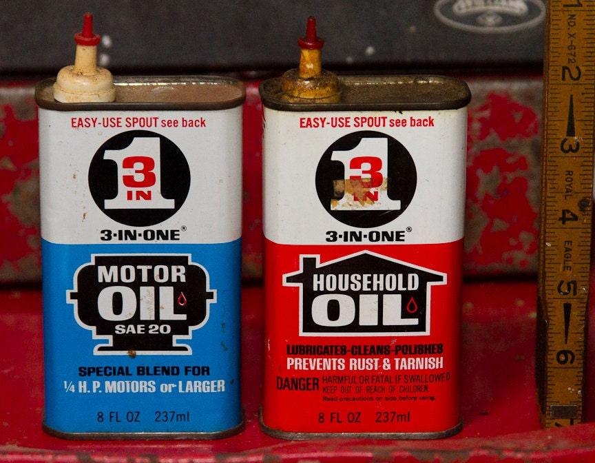 Vintage Oil Cans Vintage Motor Oil Household Oil Easy Spout