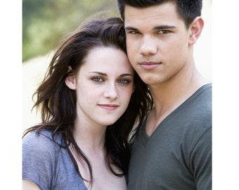 Twilight Bella and Jacob #1 Fan T-shirt