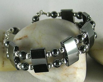 Calming Volcano Spit - Magnetic Hematite Bracelet with Wire Structure