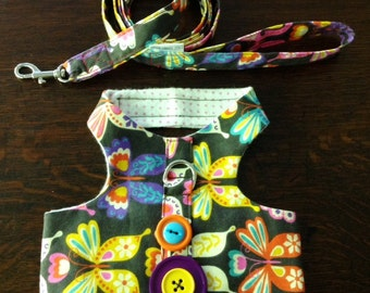 Large Harness With Matching Leash in a Butterfly Print
