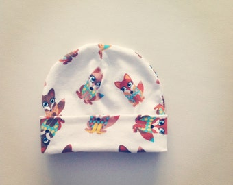 Baby hat, white with fox print